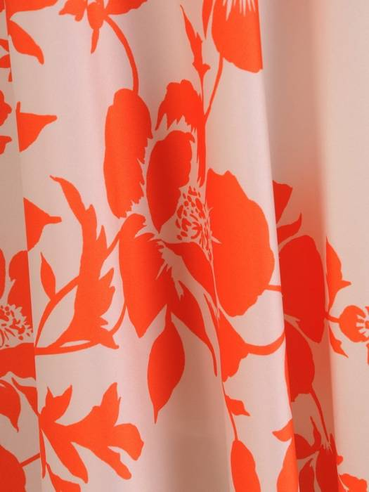 Zwiewna sukienka na lato, kreacja w kwiaty 28281