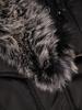 Płaszcz damski z pikowanej tkaniny z ozdobnym kołnierzem 31030
