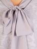 Rozkloszowana sukienka z łączonych materiałów i modnym wiązaniem 30389